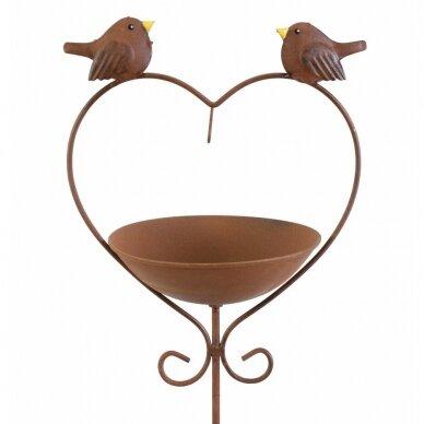 Paukščiu vonia  Širdis 4