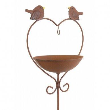 Paukščiu vonia  Širdis 5