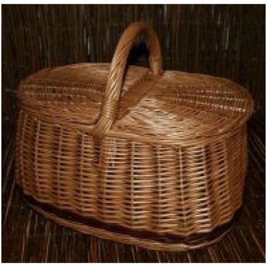 Pikniko krepšys su ruda juostele